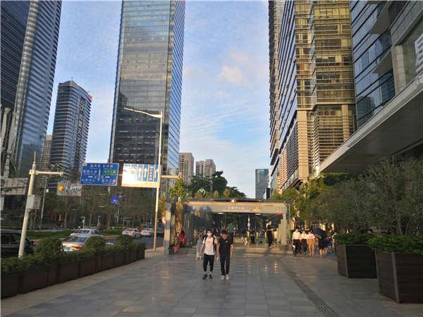 轻松解决在深圳上户口的内部指南
